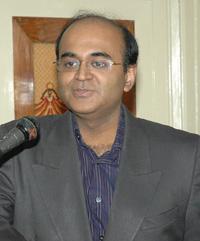Dr Neville AG Solomon